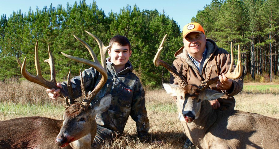 WHITETAIL GURU HUNTING PODCAST #4: JAMES EDMUNDS OF NON TYPICAL OUTDOORS TALKS MANAGING MATURE BUCKS